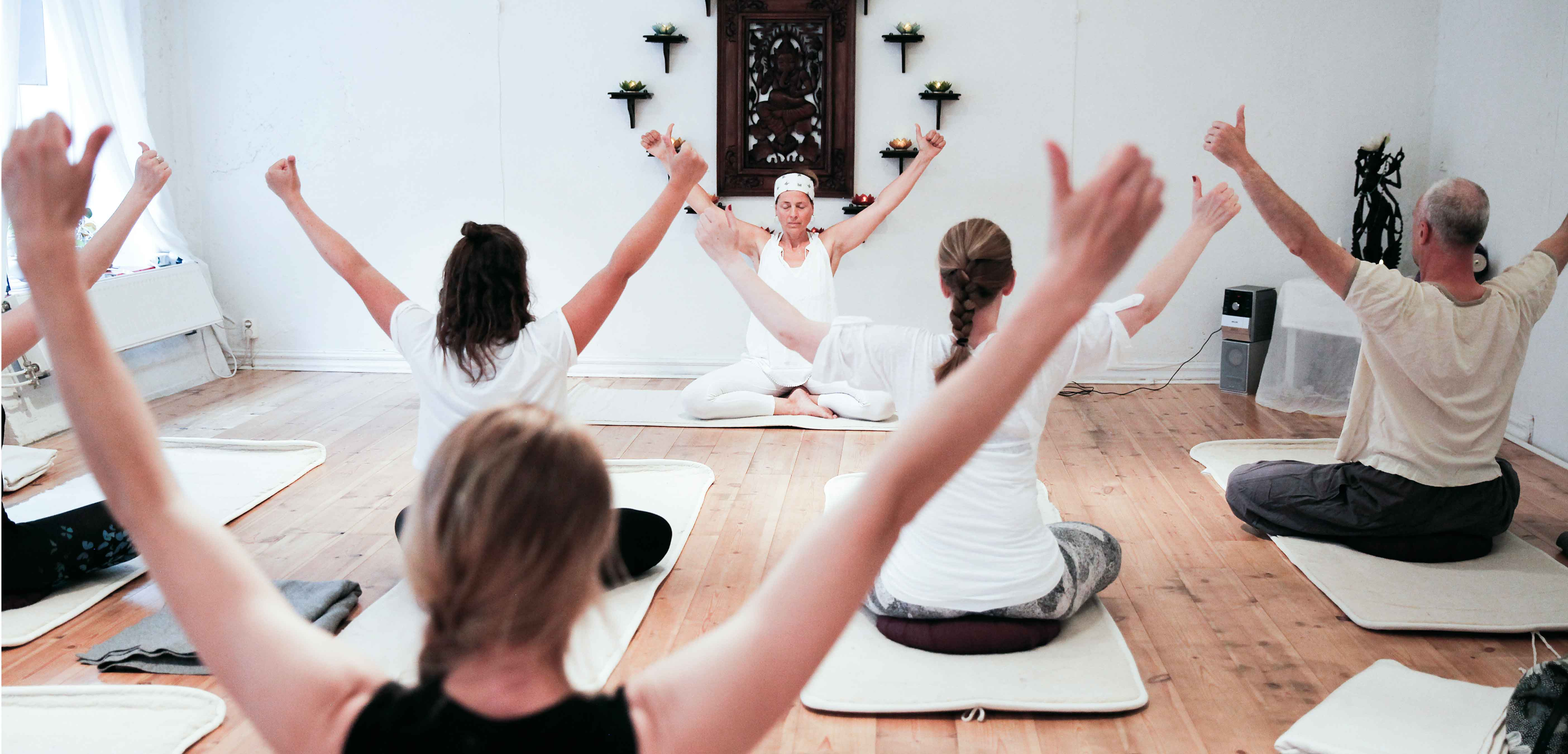 yoga_2_web